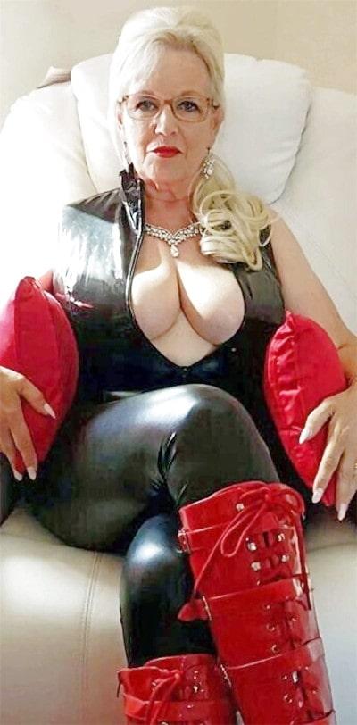 big boobs blonde gilf cockteases